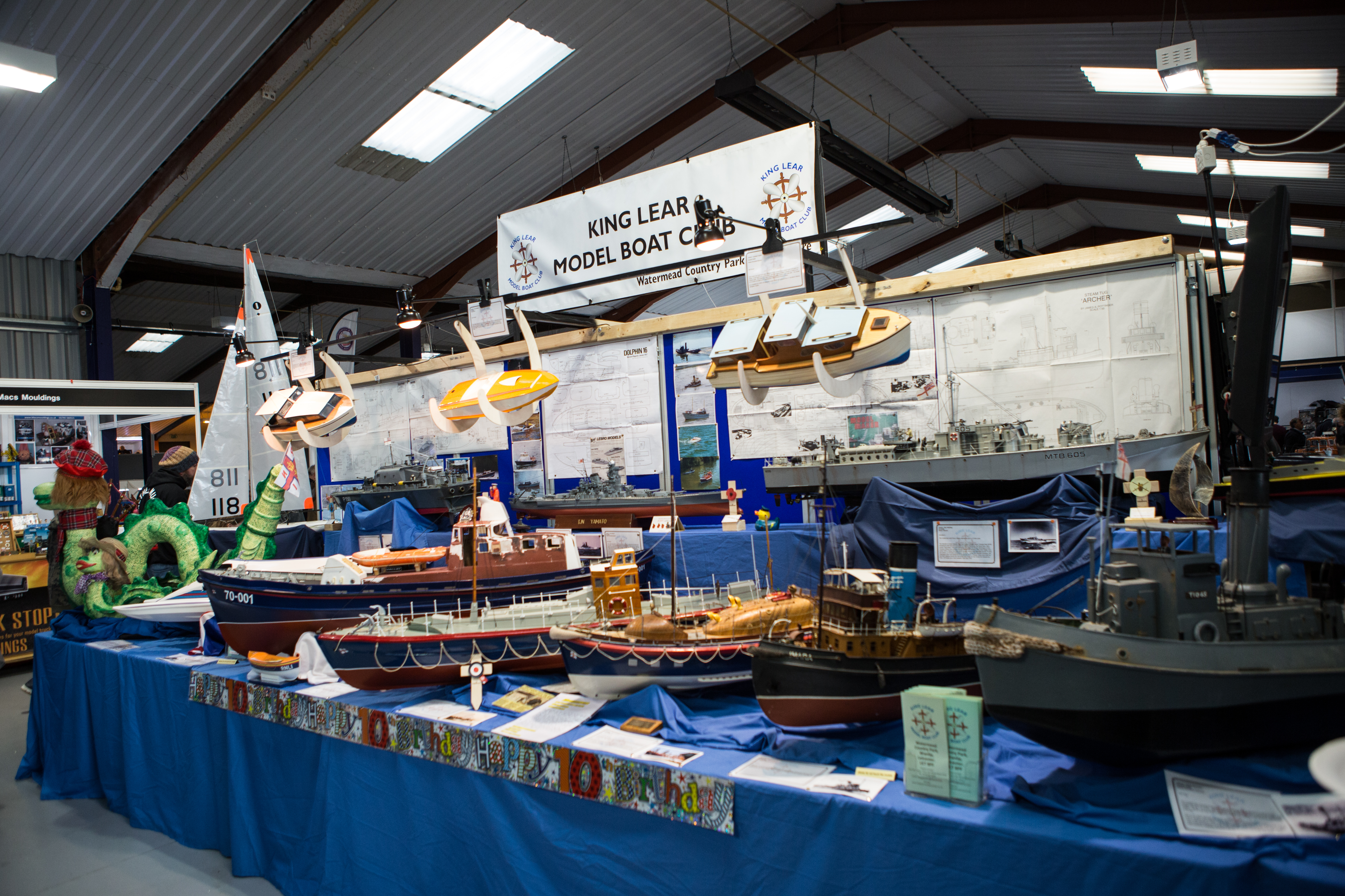Layouts & Displays — International Model Boat Show